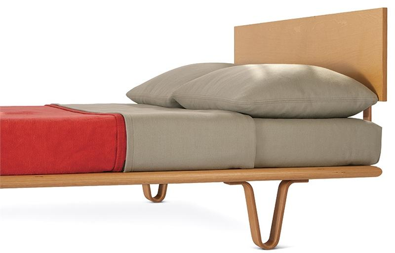 Nelson Daybed with Back Bolsters   Herman Miller Modernica