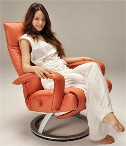 Ergonomic Recliner Lafer Gaga Wood Base or Silver Base Lafer Recliner